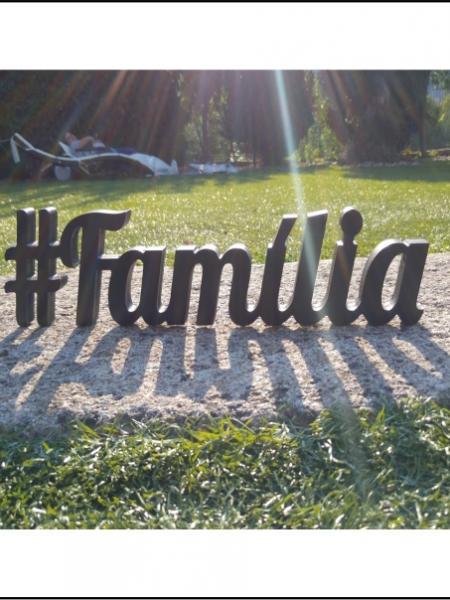 #Família